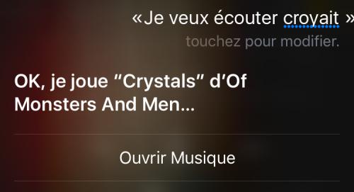 Capture d'écran d'une demande musicale adressée à Siri, incluant la réponse de l'Assistant intelligent d'Apple.