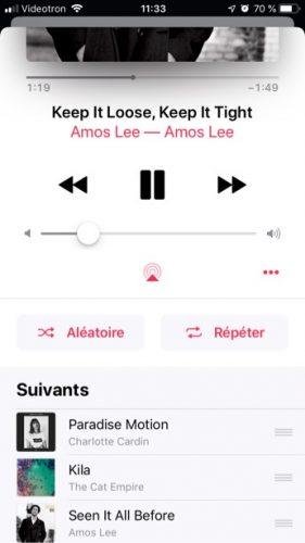 Capture d'écran montrant où se trouve la liste Suivants dans l'application Musique (iOS).
